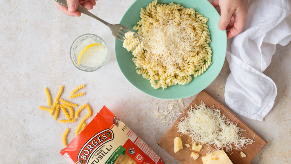 Complement to pasta.