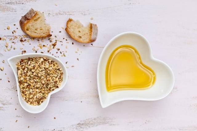 Borges - PREDIMED - Extra virgin olive oil prevents hypertension