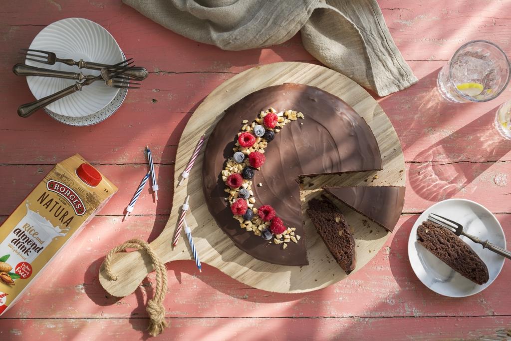 Borges - easy vegan chocolate birthday cake